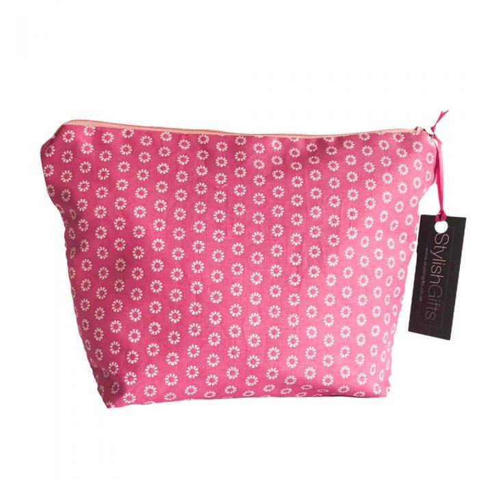 Cute Daisy Cosmetic Bag -UCB30