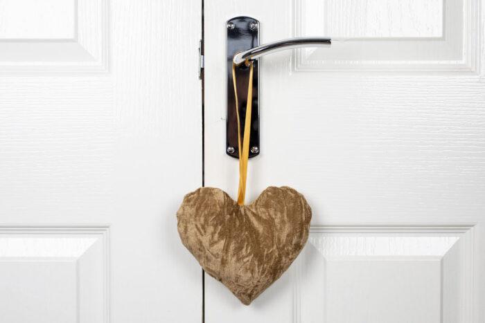 Valentine Heart Decoration-Antique Gold