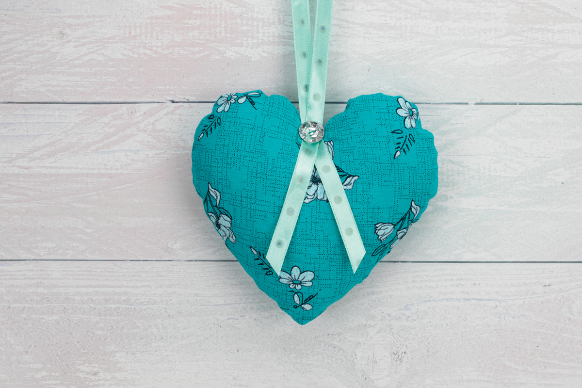 Floral Hanging Heart Decoration-Turquoise